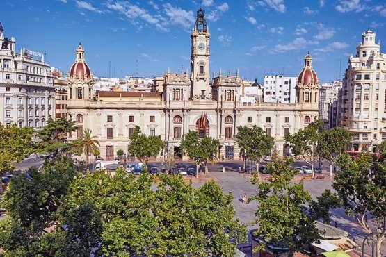 Ciudad de la Plaza del Ayuntamiento © Arlandis
