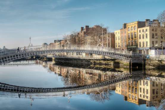 Ha'penny Bridge, River Liffey