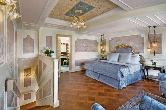 Giorgione Suite Bedroom