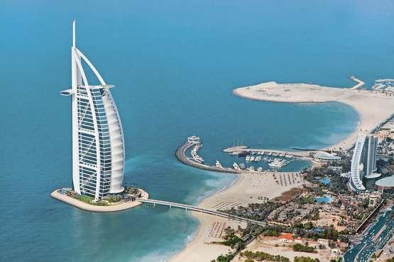 Dubai Burj al Arab © Irina Schmidt - Shutterstock.com