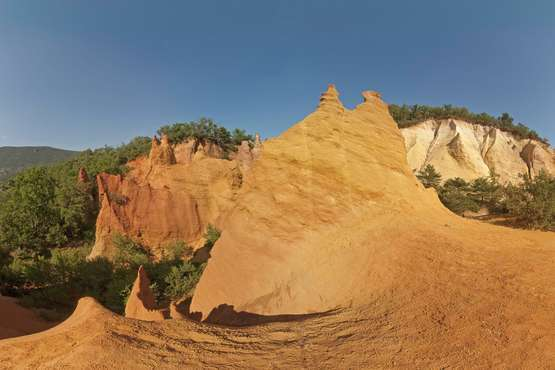 Carrières d'ocre © Atout France/Martine Prunevieille