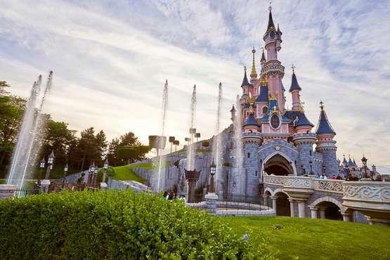 Le château de Belle au Bois Dormant © Disney