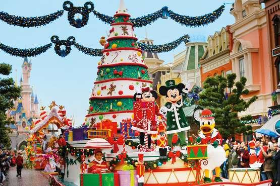 Weihnachtsparade © Disney