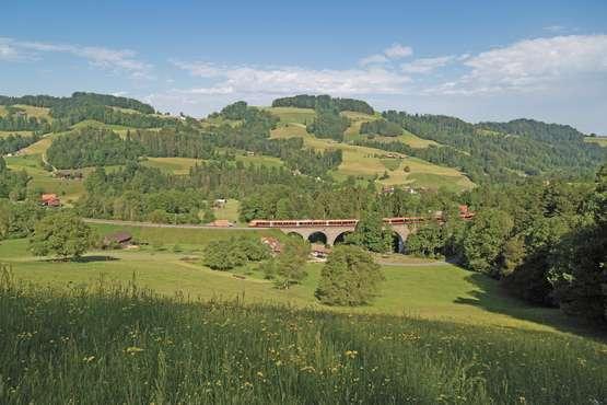 Voralpen-Express bei Mogelsberg © Südostbahn AG, 2019