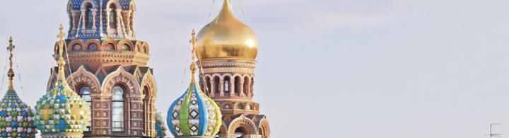 St. Petersburg – Zarenstadt feiert orthodoxe Ostern