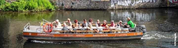 Bootstour entlang der Kanäle
