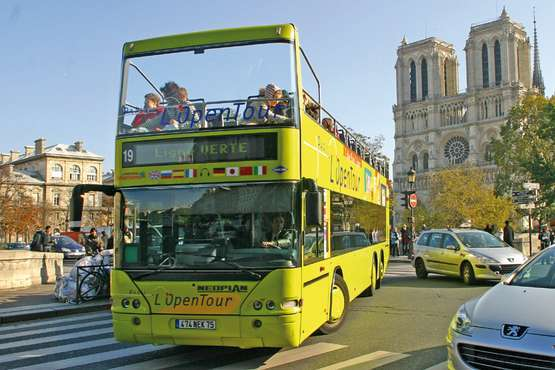 Hop-on Hop-off city tour - Paris