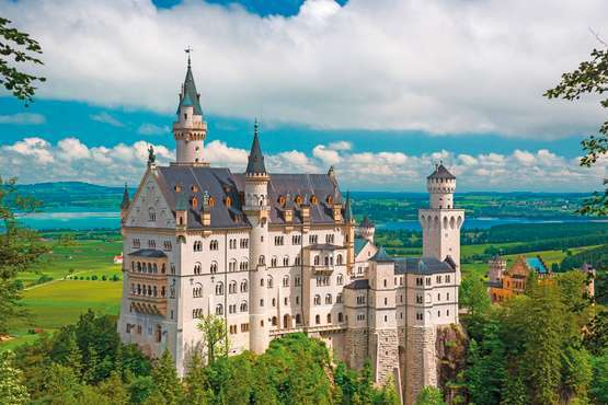 Day Trip to the Castles of Neuschwanstein & Linderhof – Munich