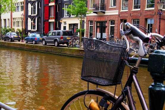 city tour by bike