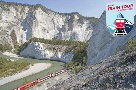 Glacier Express in the Rhine Gorge © Rhätische Bahn/Christof Sonderegger