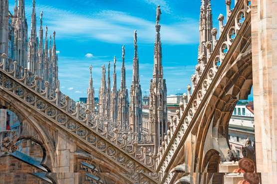 Cathedral and roof top walk – Milan
