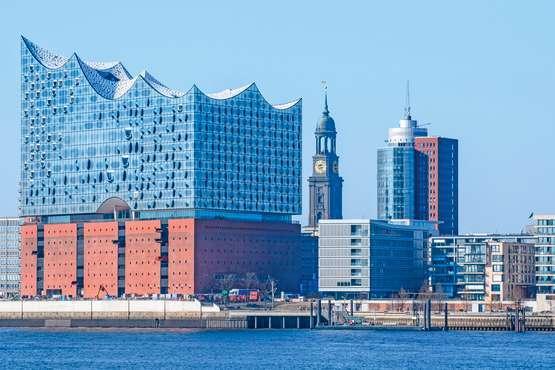 Elbe Philharmonic Tour – Hamburg