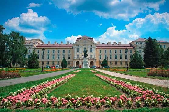 Admission to Gödöllö Castle – Budapest