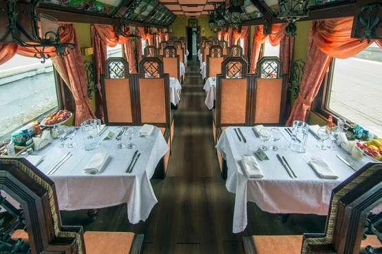 Restaurantwagen und Aufenthaltsraum