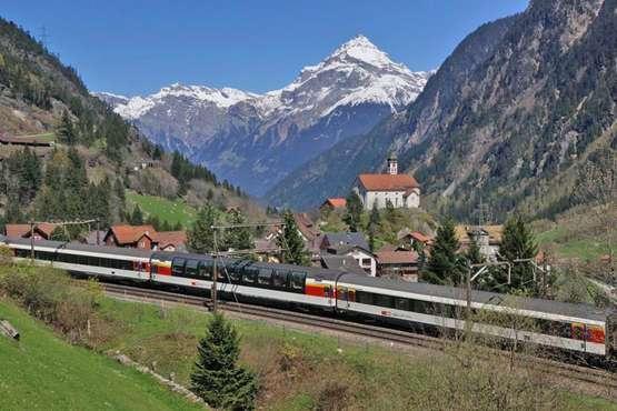 Gotthard Panorama Express Luzern – Lugano/Locarno