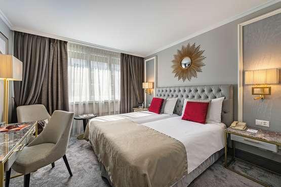 Hotel Royal Manotel