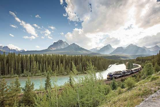 Rocky Mountaineer: Banff - Vancouver