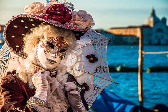 Mystisches Treiben in einer der schönsten Städte Italiens erleben