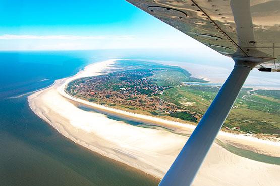 Ab sofort können Sie bei uns Ihre Deutschland-Ferien mit  Flug & Hotel buchen!   NEU: Direktflug mit Swiss nach Usedom.