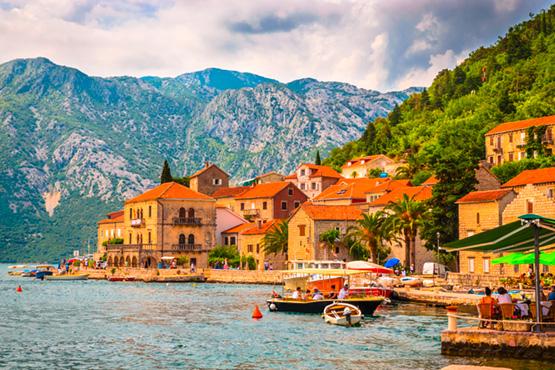 Wilde Schönheit der montenegrinischen Küste.